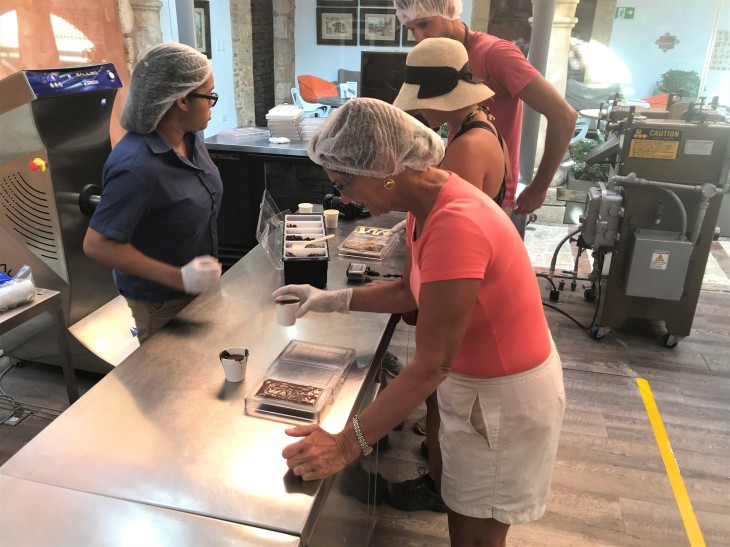 Making Chocolate at Kah Kow experience